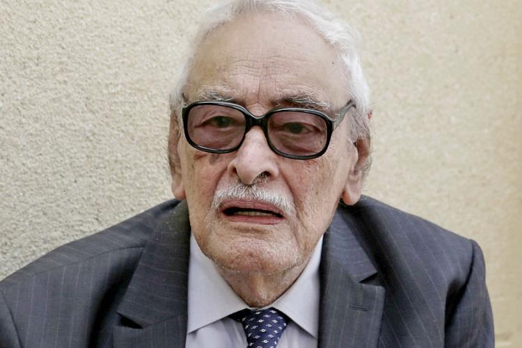 Ушёл из жизни легендарный французский актёр Гамиль Ратиб